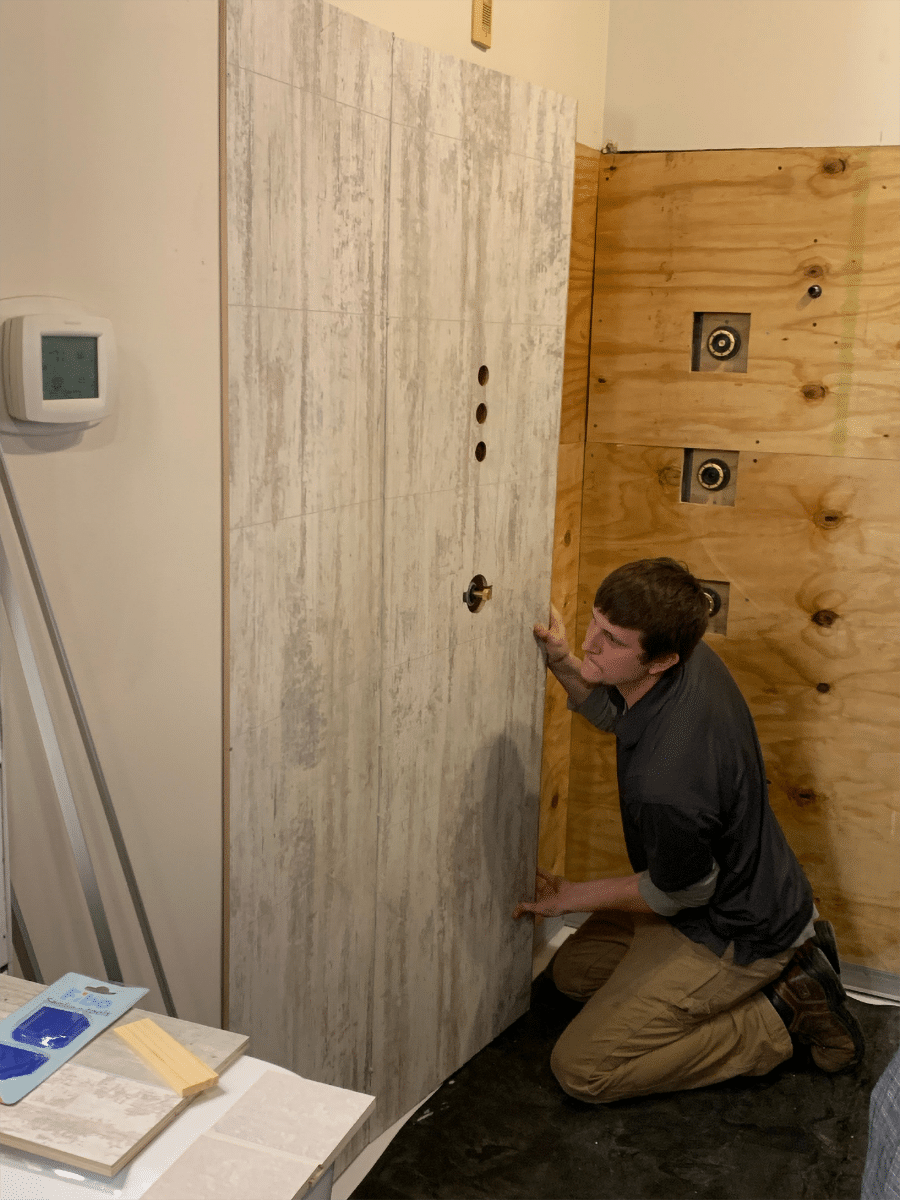 Installilng time saving laminate wall panels in remodeling | Innovate building Solutions | Innovate Builders Blog | #Laminatewallpanels #Installation #BathroomRemodel
