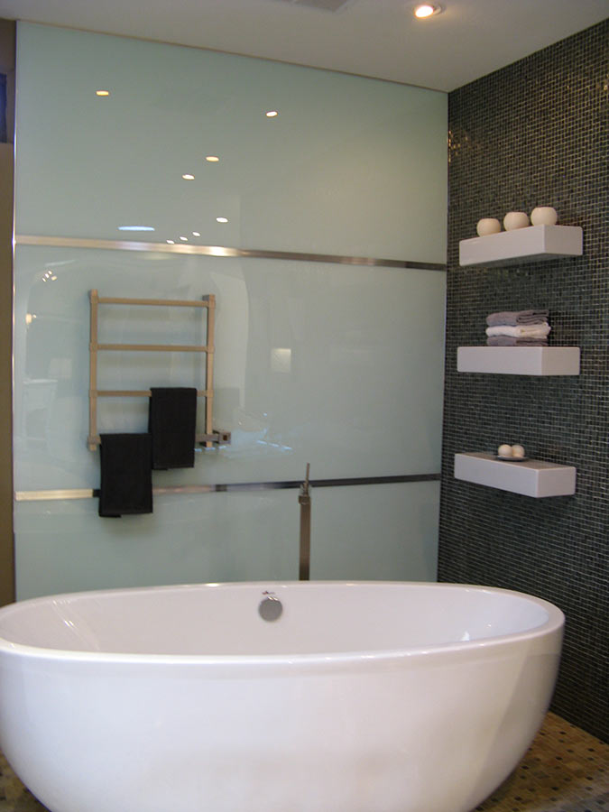 High Gloss Acrylic Shower Wall Panels - Back Painted Glass ...