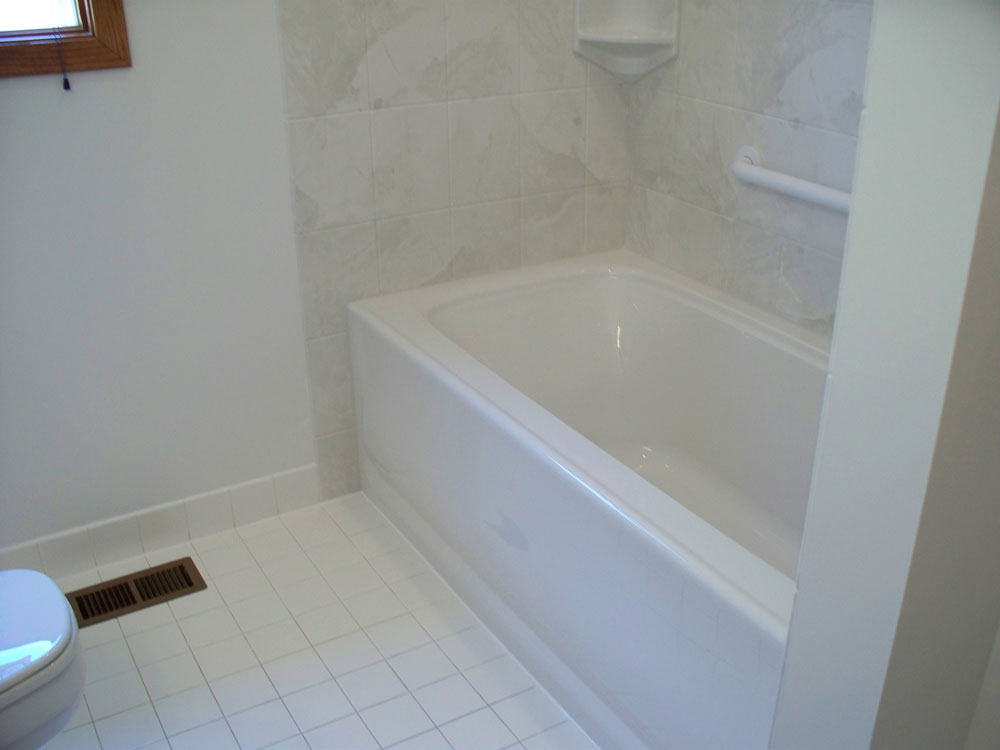 Acrylic Bathtub Liner & Enclosures | Near Cleveland And Columbus ...