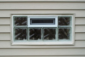 glass block vented window with a wave pattern