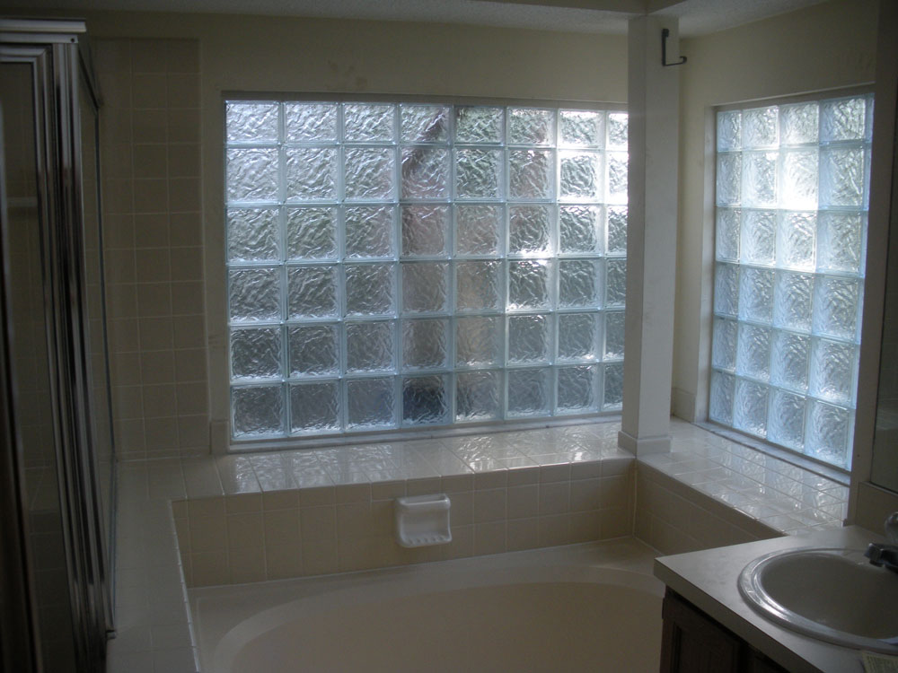 Basement bathroom garage glass block windows columbus cleveland ohio nationwide supply for Bathroom window glass options