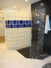 curved and colored shower wall in cleveland ohio using glass blocks