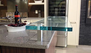 .75 inch ultra clear raised bar with flat glass