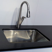 pull out kitchen faucet for improved function