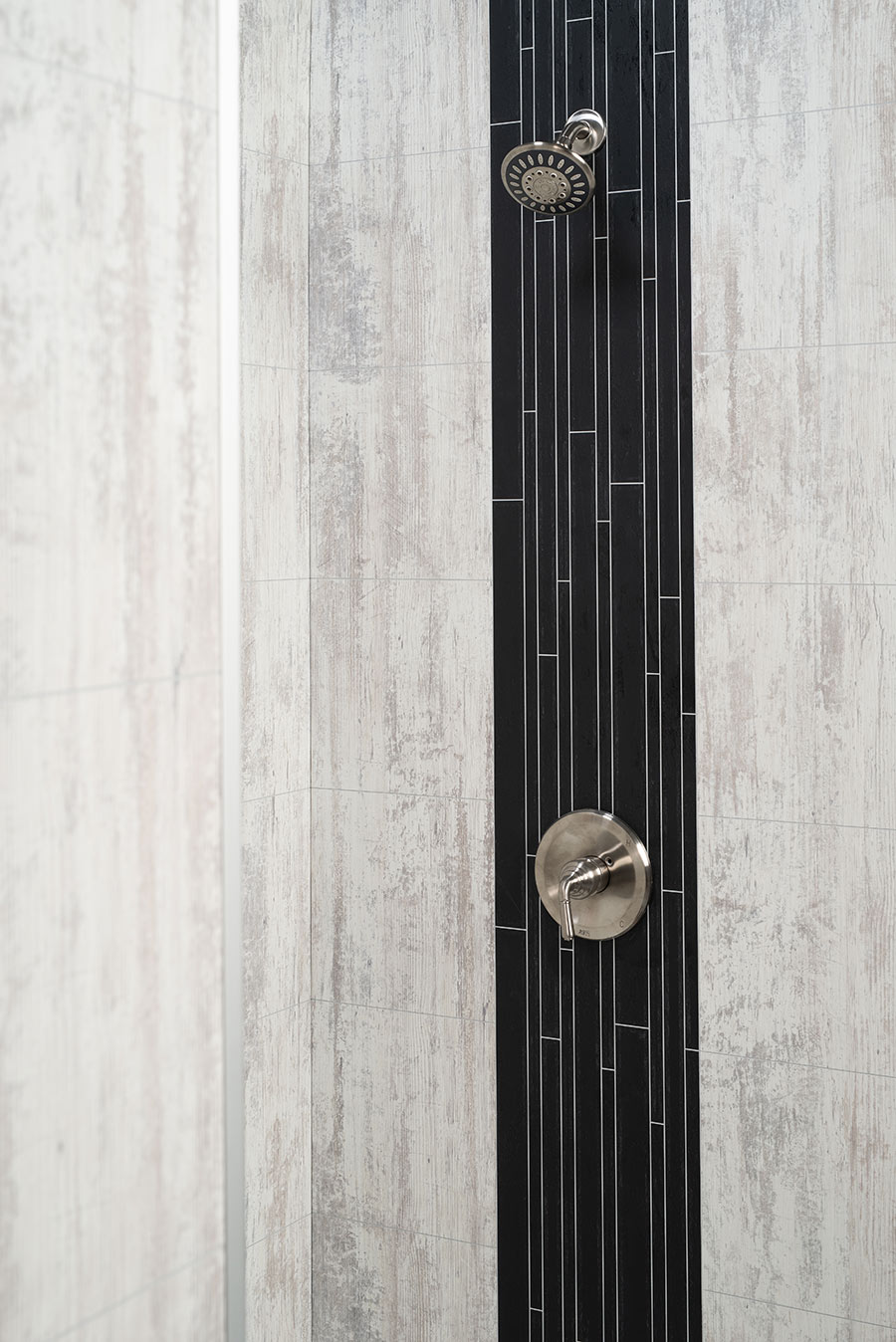 Matte finish laminate shower wall panels antique gray and black accent | Innovate Building Solutions | #WallPanels #ShowerPanels #LaminateWallPanels